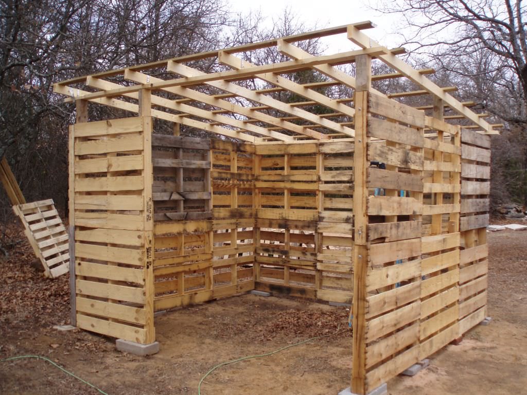 Learn To Build A Pallet Shed Page 2 Of 2 D I Y Bullseye