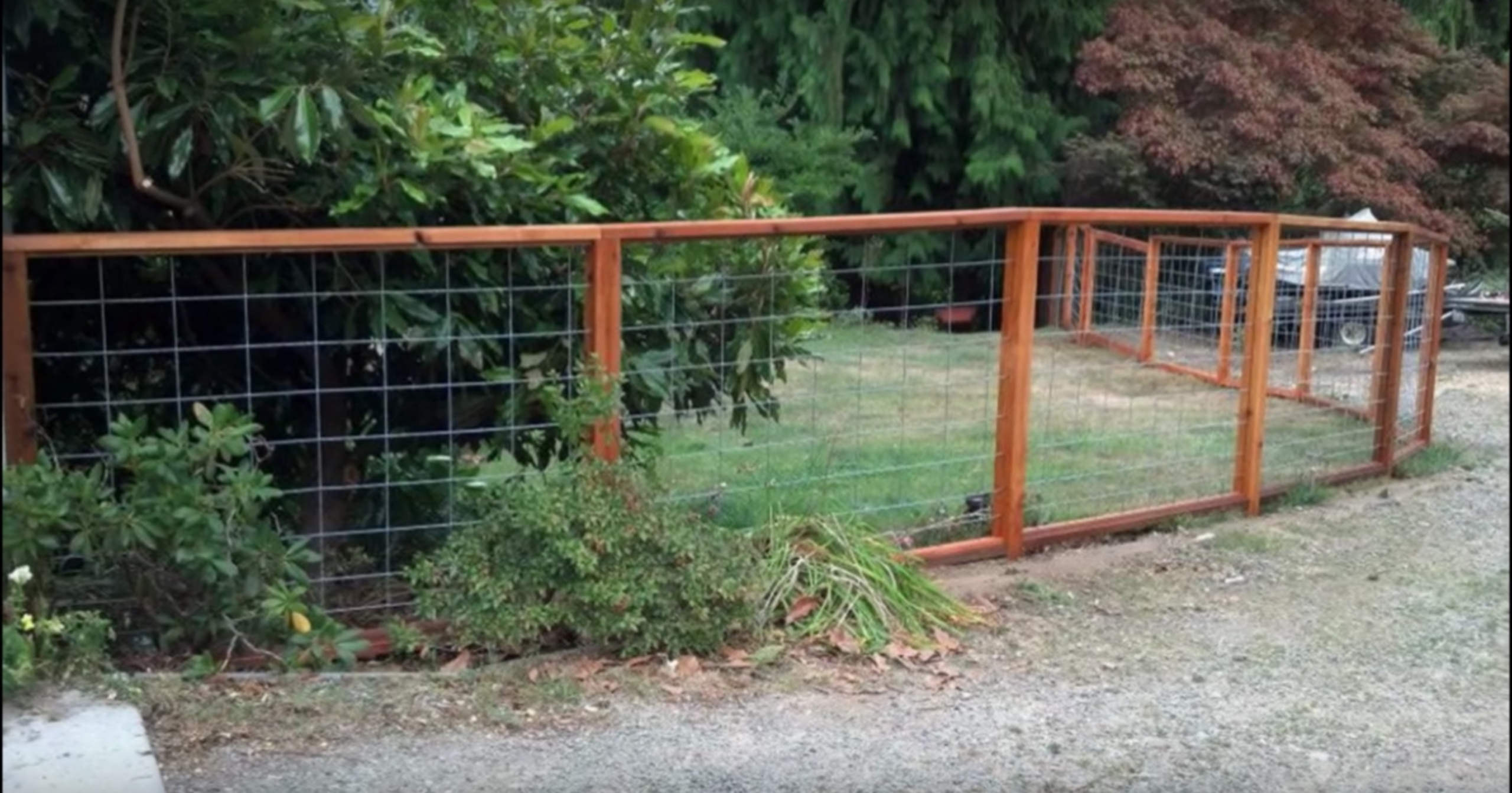 Get Rid Of That Chain Link Fence and Build A Stunning Wood Fence ...
