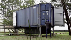 shipping-container-home-the-surfshack-hartman-kable-grayland-washington-3