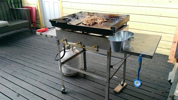 Every backyard needs this diy outdoor griddle page 2 of - How to build a korean bbq table ...